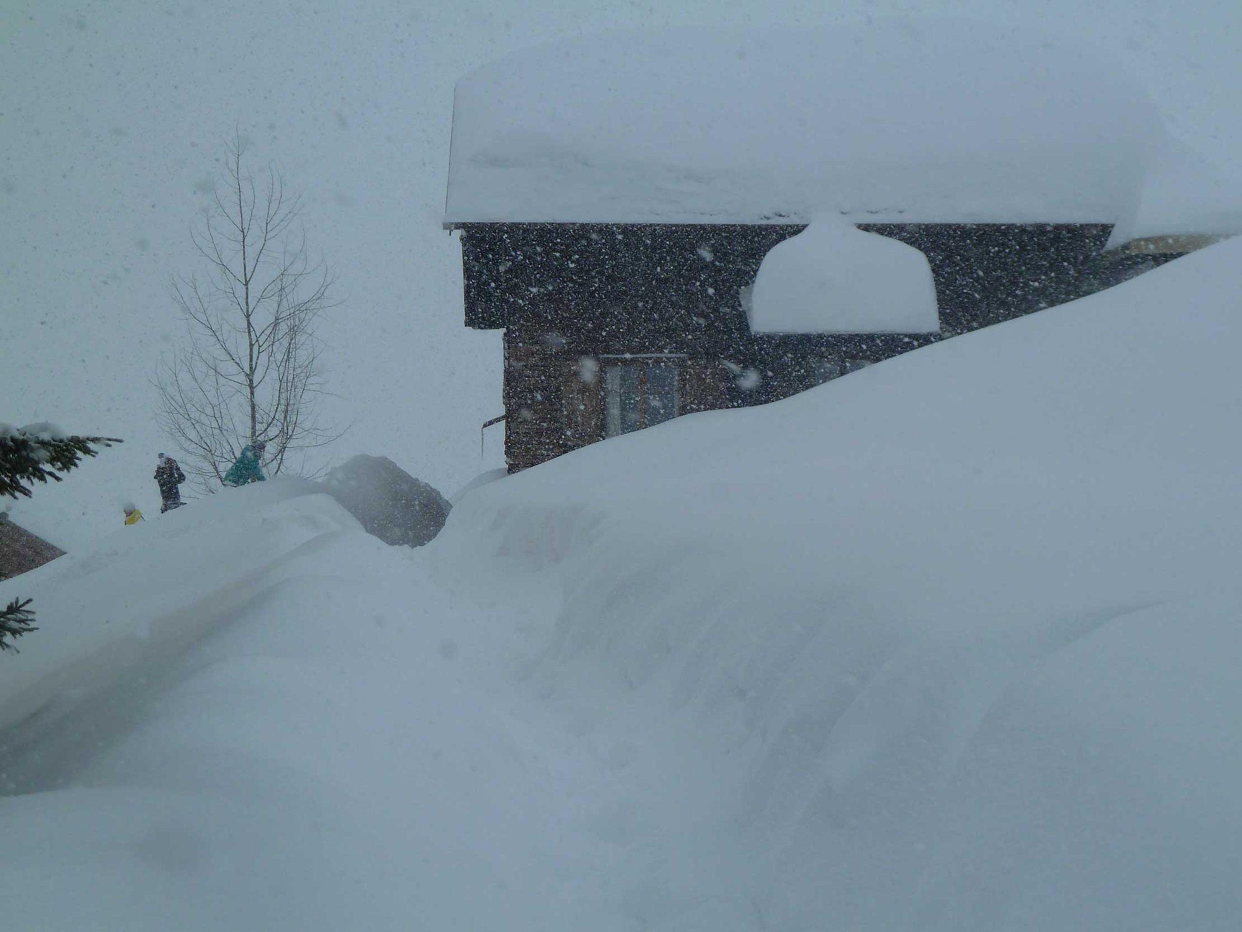 Genügend Schnee im Haus Glatthorn
